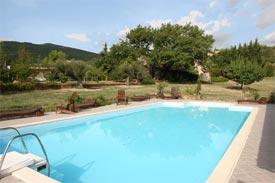 Agriturismo marche con case e appartamenti per vacanze con piscina - Agriturismo rimini con piscina ...