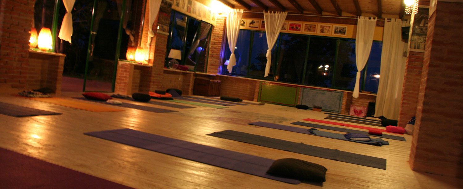 Yoga classes in Marche Italy