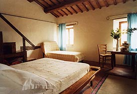 spacious bedrooms, Holiday Villa Marche